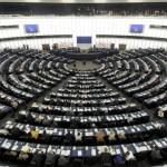 PE menţine ajutorul de 3,5 miliarde euro pentru persoanele defavorizate