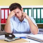 7 din 10 manageri muncesc şi în weekend, cel puţin o dată pe lună