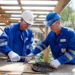 Angajaţi ai OMV Petrom, voluntari la un centru comunitar unic în Europa
