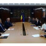 UniCredit face angajări în România