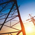 ANRE reduce tarifele zonale pentru introducerea energiei electrice în rețea