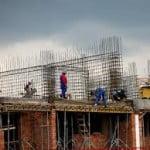 Creştere spectaculoasă a numărului de autorizaţii de construire pentru clădiri rezidențiale