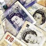 Salariile românilor din Anglia nu depăşesc 2000 de lire. Cât dau aceştia pe chirie?