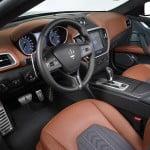 Ce maşini de lux au cumpărat românii în 2015?