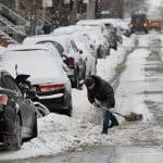 Primăria Capitalei începe să amendeze firmele care nu au curăţat străzile de zăpadă