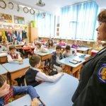 """""""Ora de educaţie rutieră"""" ajunge în 60 de şcoli din Bucureşti"""