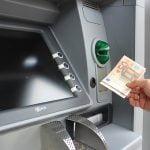 Un nou serviciu de transfer de bani pe piața din România